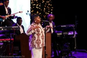 Maranda Curtis at 95.7 Hallelujah FM Worship Christmas 2017 #957Christmas — at Hope Church.